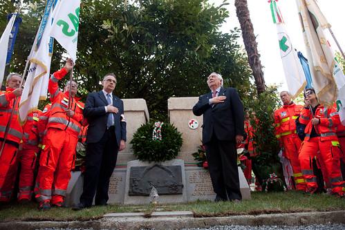 Liguria - Inaugurazione monumento Anpas
