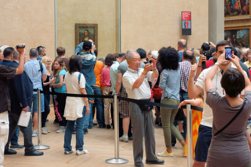 Snapping the Mona Lisa -20130608-124606 R