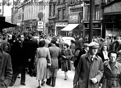 A crowded Dudley Street in 1950.