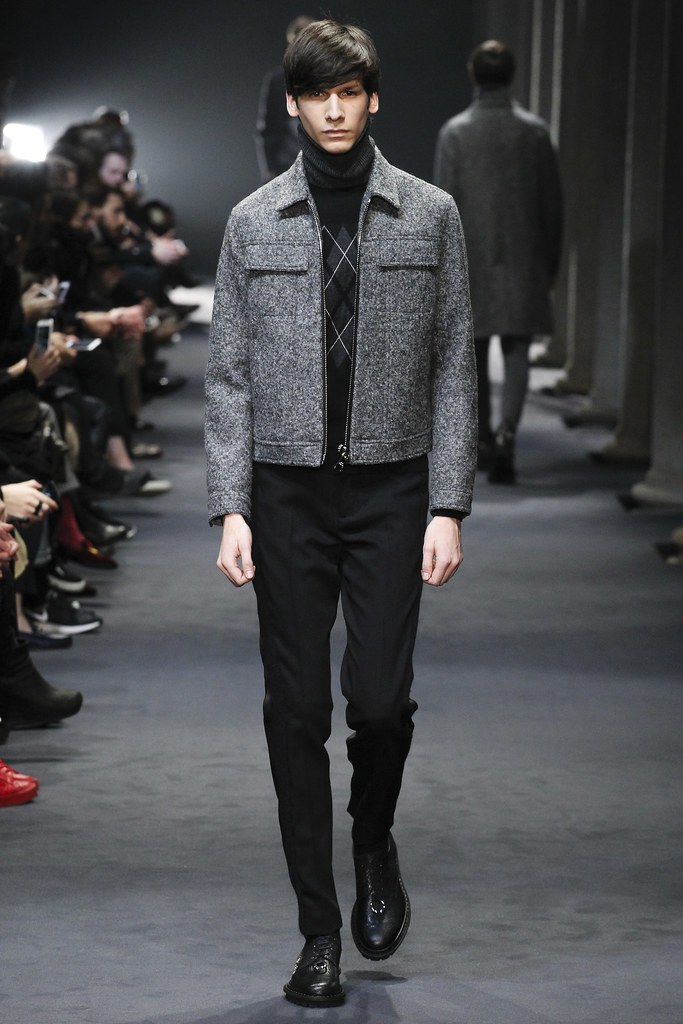 FW15 Milan Neil Barrett020_Sam Maouchi(VOGUE)