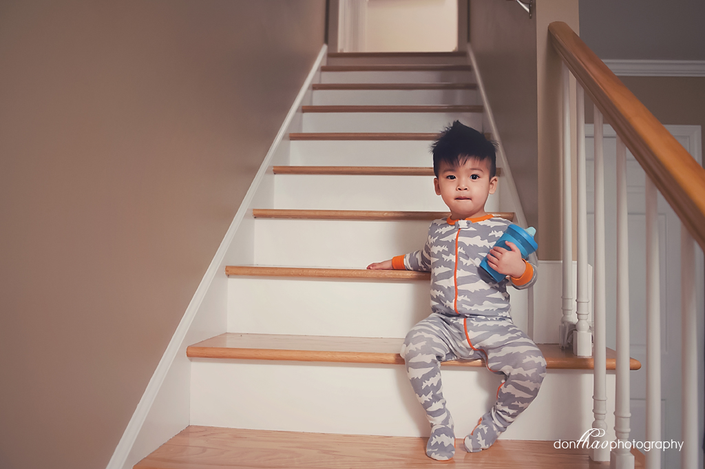 personal 365 - toddler on stairs lifestyle photography