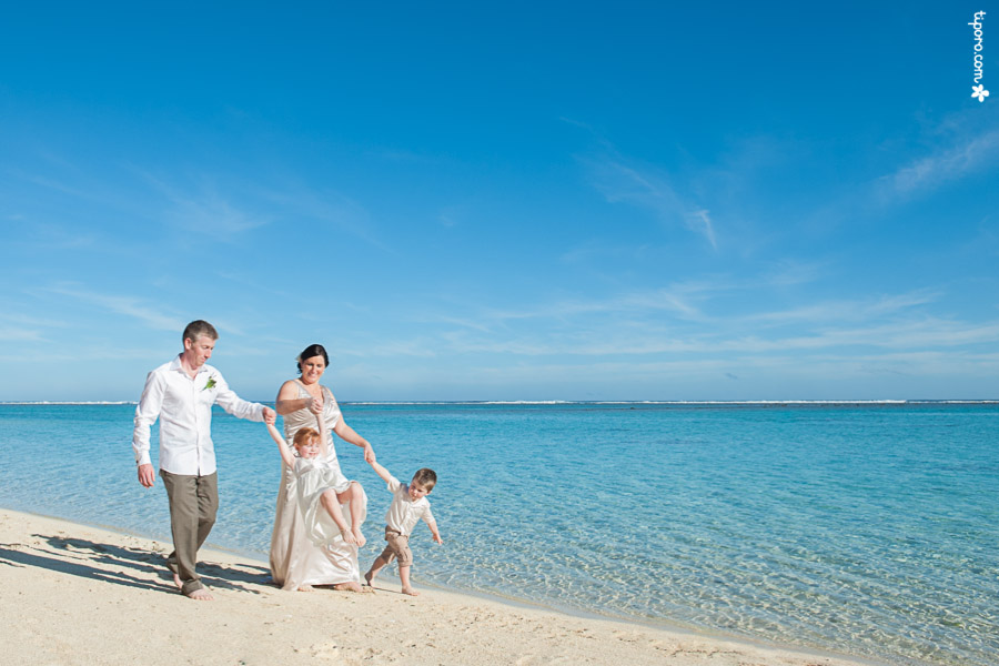 Blue Skies. wedding photographer Rarotonga