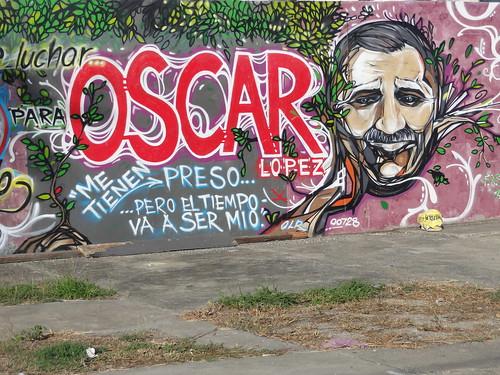 DSC07260 - Arte Grafitti en Barrio Canas, Ponce, Puerto Rico, en apoyo al preso politico Oscar Lopez Rivera y condenando su encarcelamiento