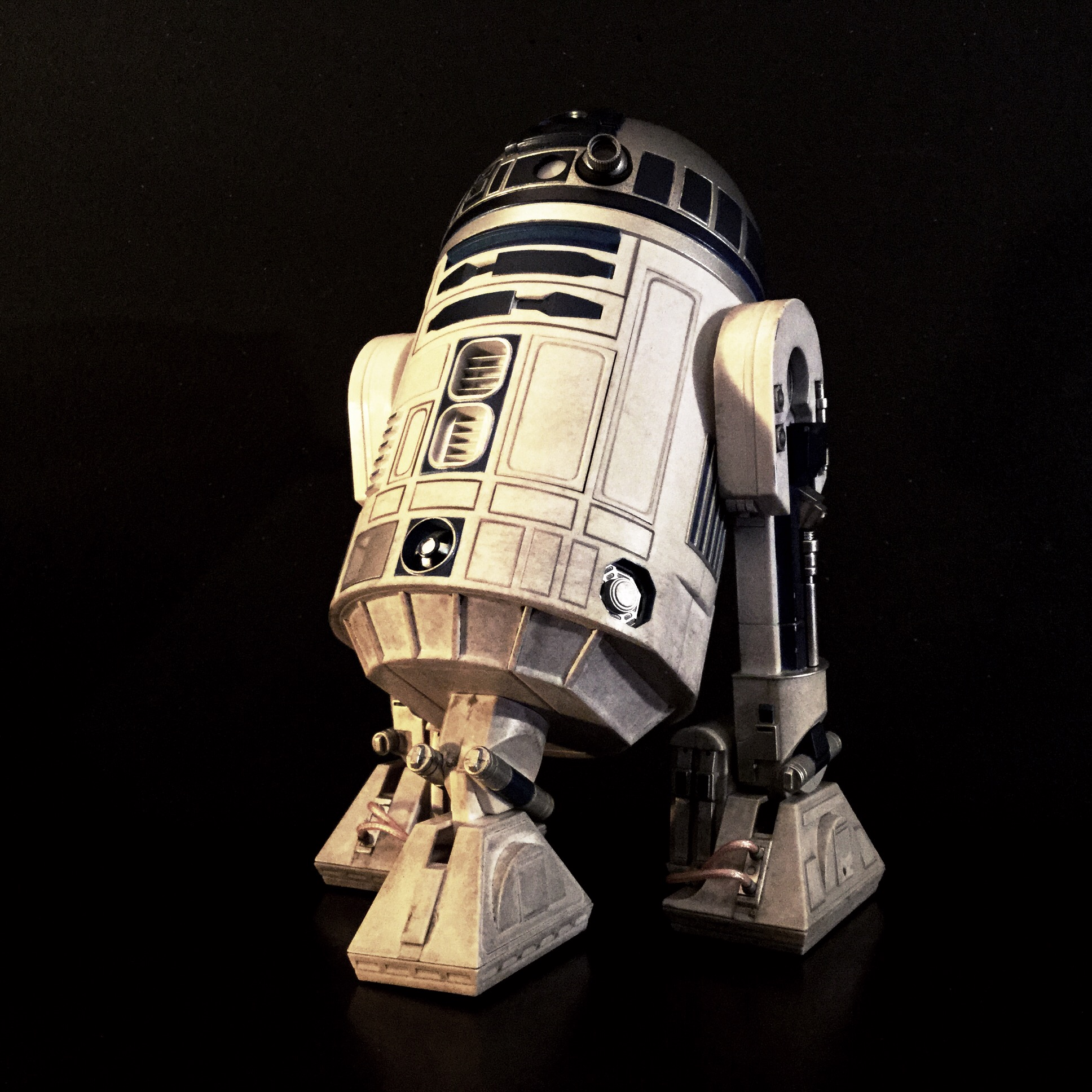 [REVIEW] Star Wars : R2-D2 Deluxe (Sideshow) 16418146126_739d5d1836_o