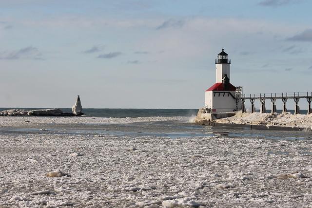 Michigan City Pier Lighthouse Michigan City Indiana F Flickr Photo Sharing