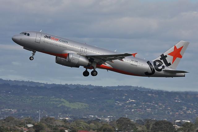JetstarA320-232-VH-VQK-5