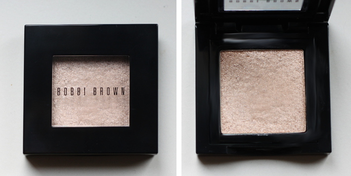 Bobbi Brown sparkle eyeshadow in white sand: swatches and review