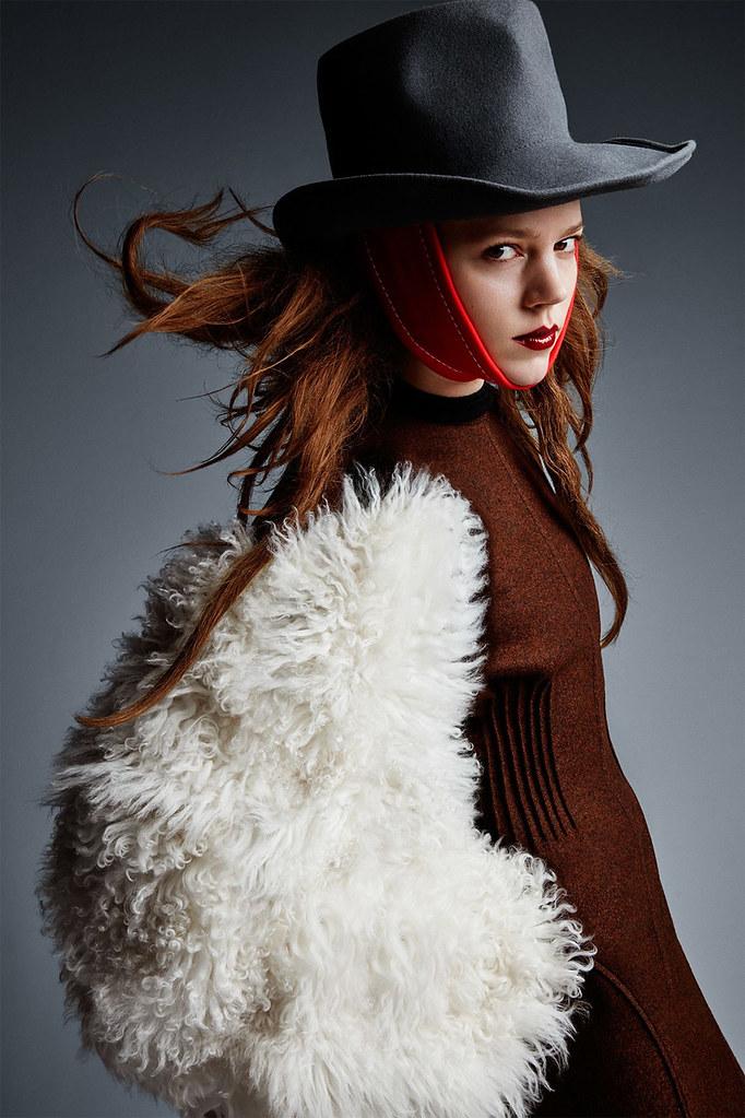 Фрея Беха Эриксен — Фотосессия для «Vogue» UK 2016 – 12