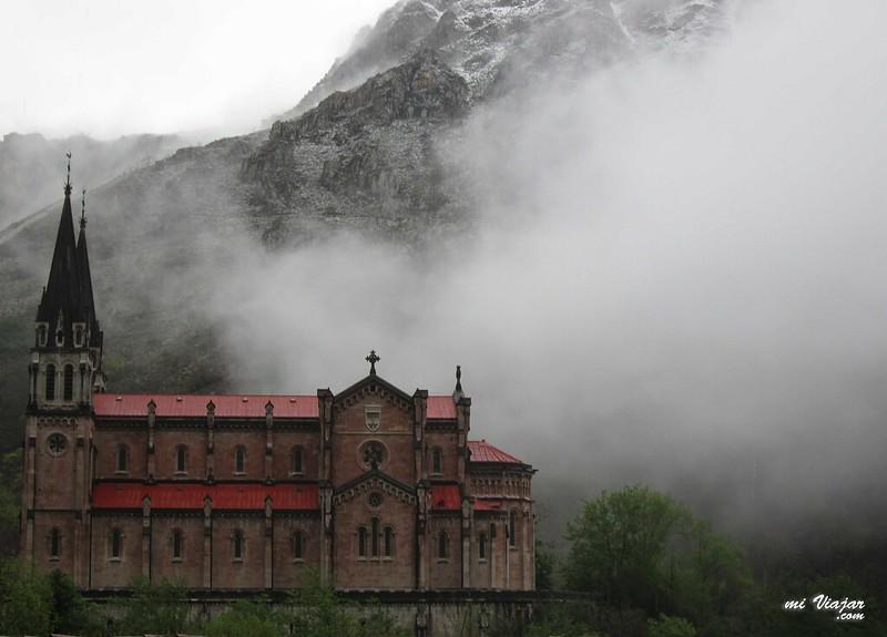 Covadonga catedral