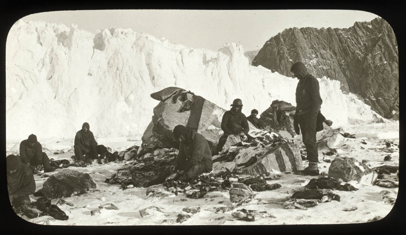 Scene on Elephant Island, after the releasing of the marooned men by Chilean tug Yelcho, 1916 / photographer Frank Hurley