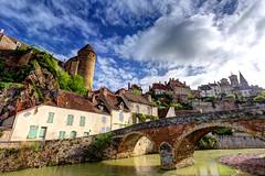 Pont Pinard in Semur-en-Auxois