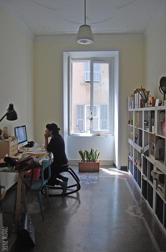 Flavia Ruotolo nel suo studio