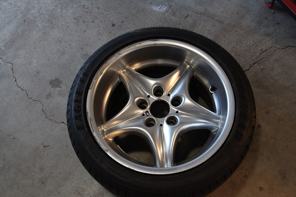 how to get brake dust off chrome rims