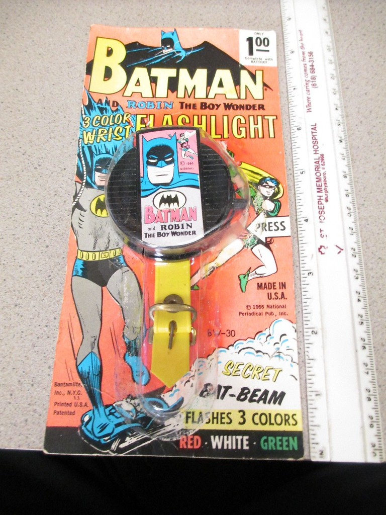 batman_flashlight
