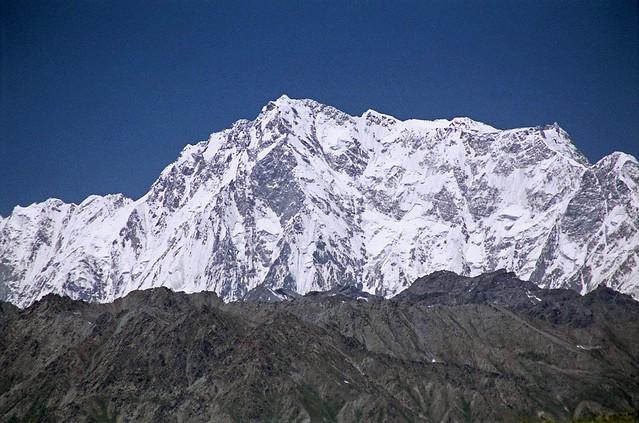 Επιβλητικό το Rupal Face του Nanga Parbat... © www.mountainsoftravelphotos.com