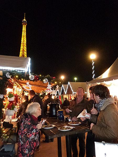 dîner au marché de Noël