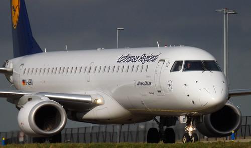 E190 - Embraer ERJ-195LR
