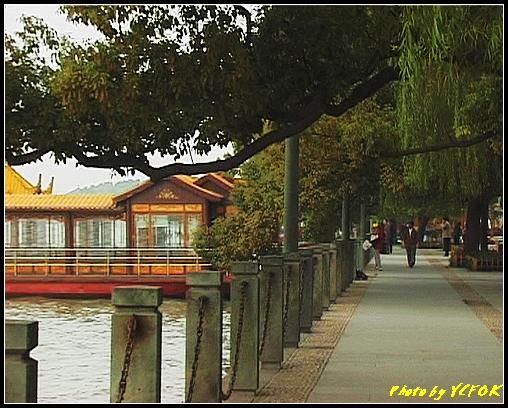 杭州 西湖 (其他景點) - 041 (湖濱路的湖畔)