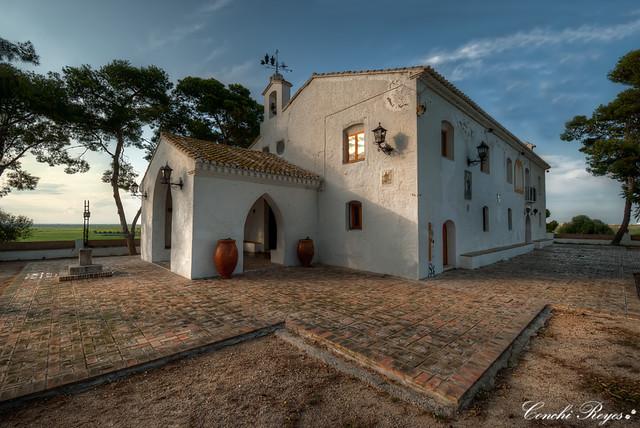 Ermita dels Benissants de la Pedra.