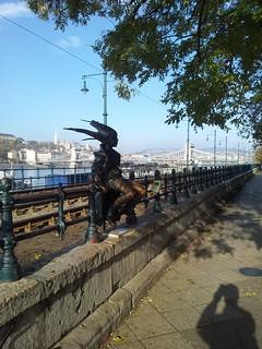 Kiskirálylány, Budapest