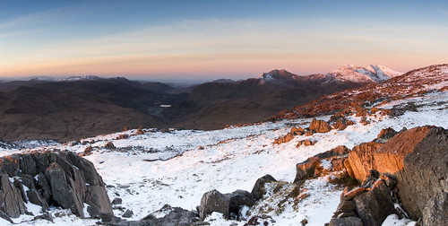 Shivering Dawn - Winter returns to Snowdonia