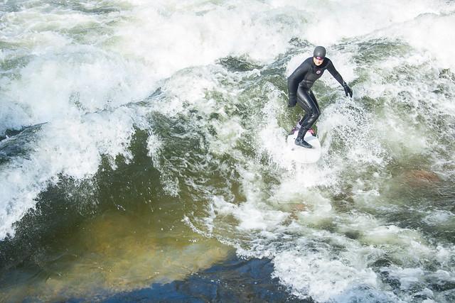 Eisbach surf