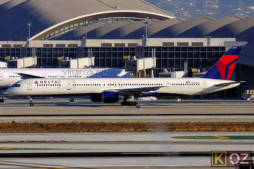 B753 - Boeing 757-351