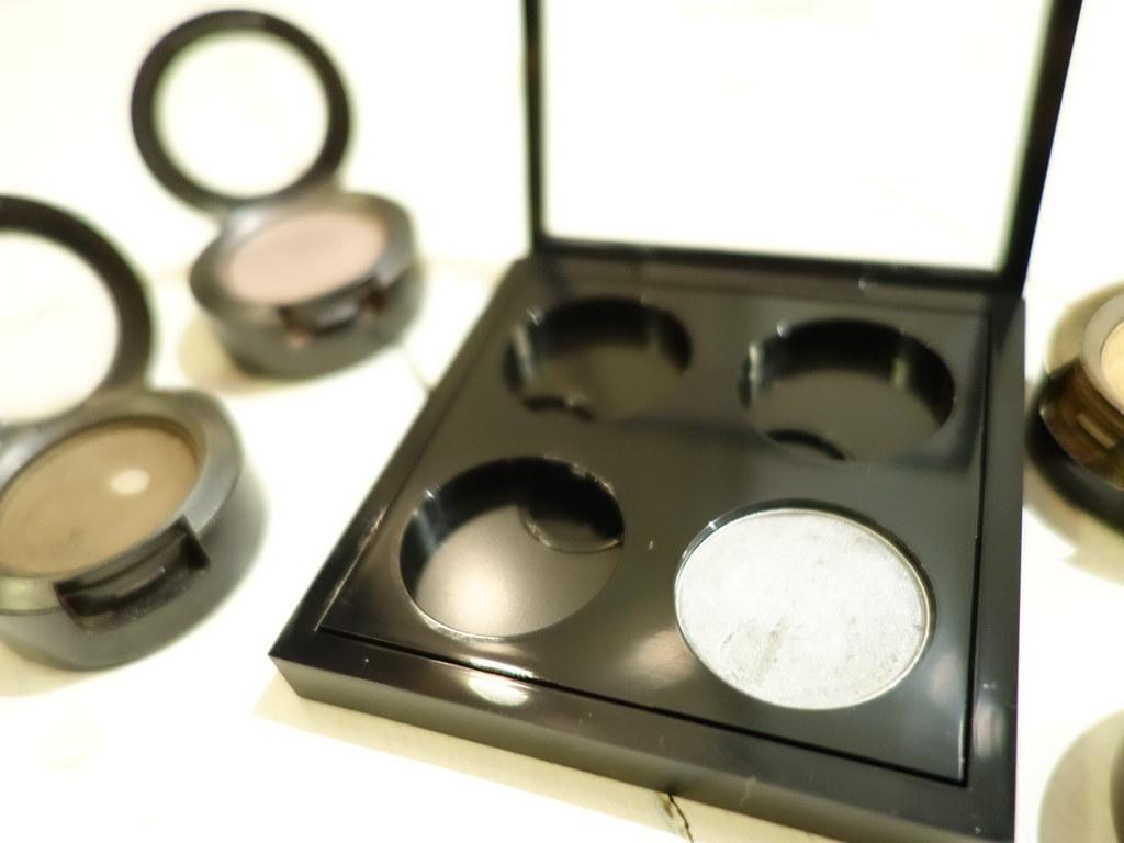 Depot a MAC Eyeshadow