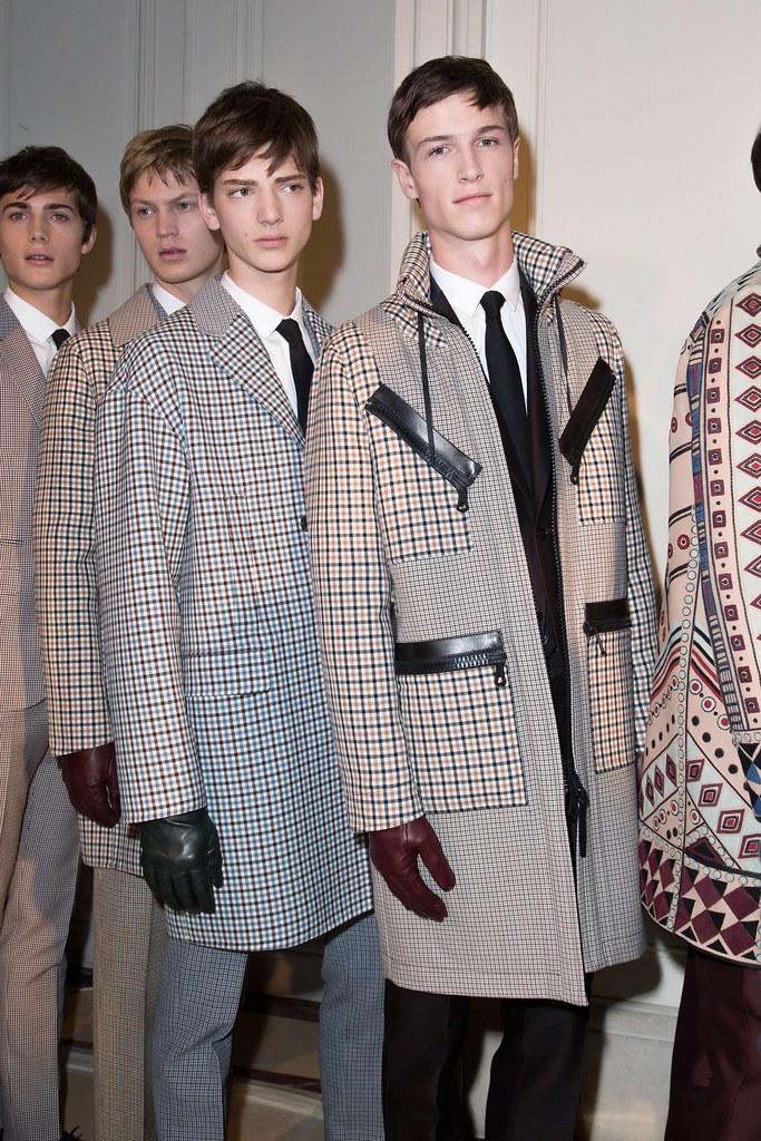 Paul Fontanier3010_FW15 Paris Valentino_Jonas Gloer, Egon van Praet(fashionising.com)