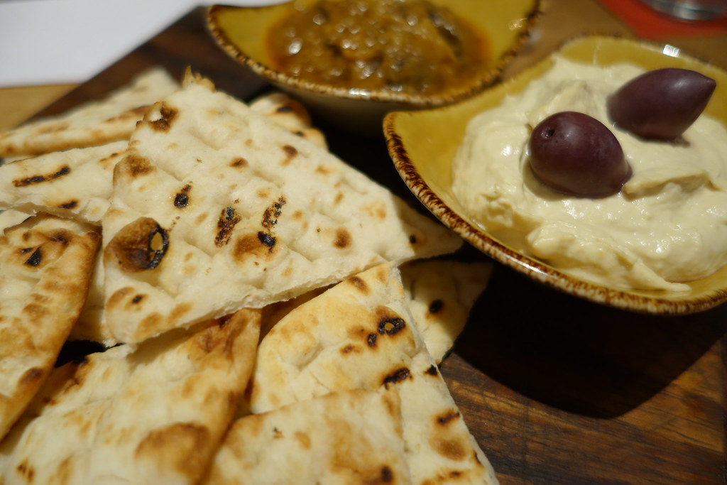Clockjack Humous, Pitta, Olives