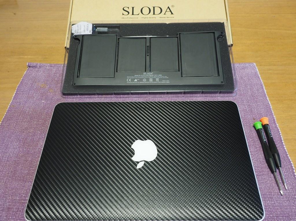 MacBookAir11-Battery03