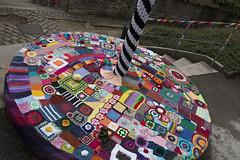 Yarn bombing Besançon 64