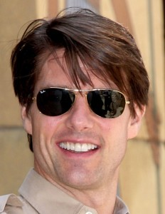 45f309a3b27 tom-cruise-ray-ban-cockpit-sunglasses-rb-3362-001-232x300