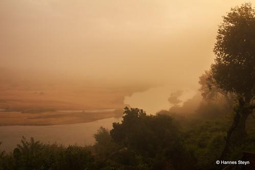 africa red sky sun mist nature water sunrise canon southafrica dawn landscapes scenery lodge rivers mpumalanga crocodileriver ngwenya 550d ngwenyalodge hannessteyn canon550d eosrebelt2i tamronsp2470mmf28divcusd