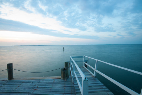 longexposure travel usa nature landscape bay dock day waterfront horizon relaxing maryland easternshore boardwalk serene stmichaels chesapeake tranquil waterscape wadespoint pwpartlycloudy