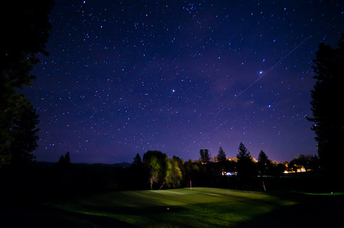 the night sky (by: Todd Fong, creative commons)