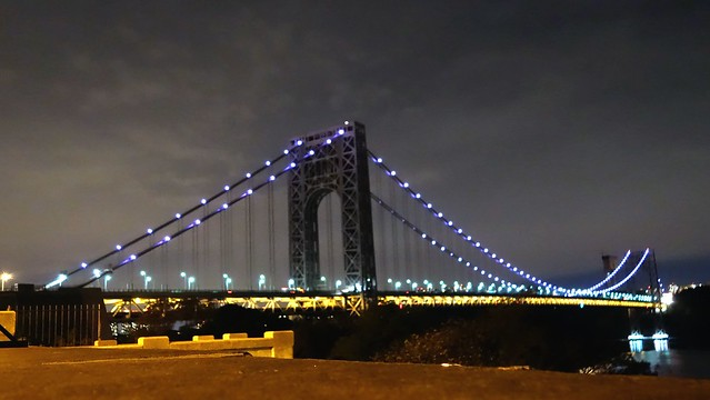 Got a flat tire 10 miles into my ride tonight. Had to take the A train on 183. On the flip side I had time to shoot the GWB.