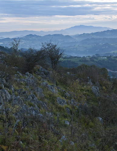 clouds sunrise dawn asturias amanecer nube asturies sueve langreo llangréu caliza espinera
