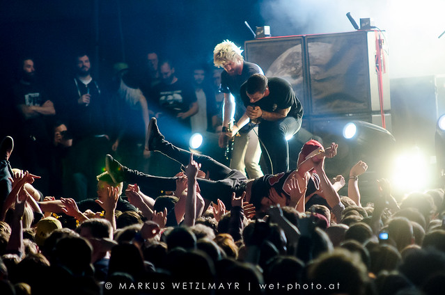 "Australian Metalcore band PARKWAY DRIVE performing live at Vans Warped Tour at Stadthalle Wien, Vienna, Austria on November 24, 2013.  NO USE WITHOUT PRIOR WRITTEN PERMISSION.  Get connected: <a href=""http://www.facebook.com/wetphoto"" rel=""noreferrer nofollow"">www.facebook.com/wetphoto</a> © Markus Wetzlmayr 