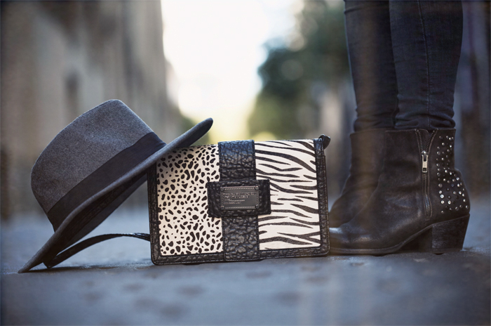 street style barbara crespo i am glitter bag fashion blogger outfit