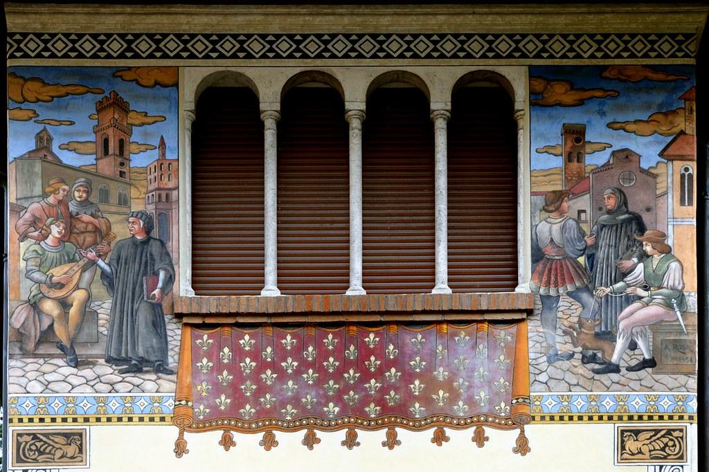 Roma Coppedè - Villini delle Fate decorazione esterna