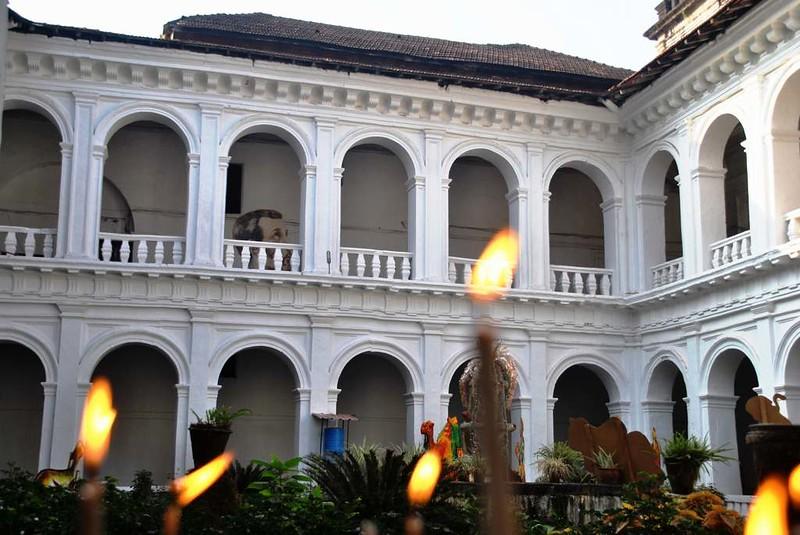 89 Visita a San Francisco Javier en Goa (11)