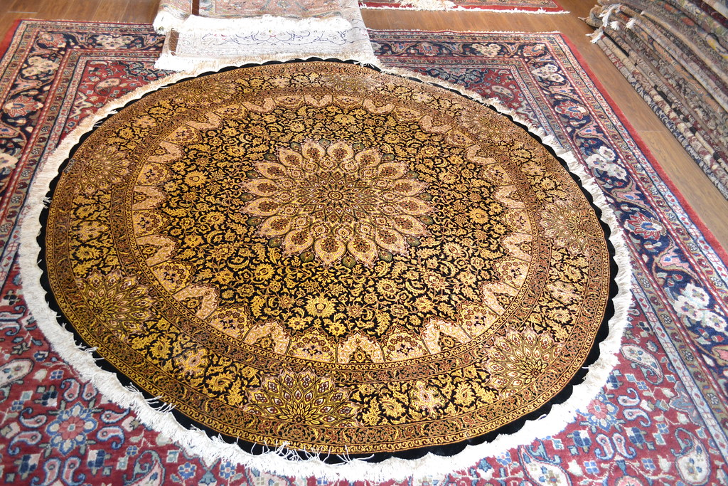 Qum Versace Gold Amp Black Round Silk Persian Rug Item Fa 109