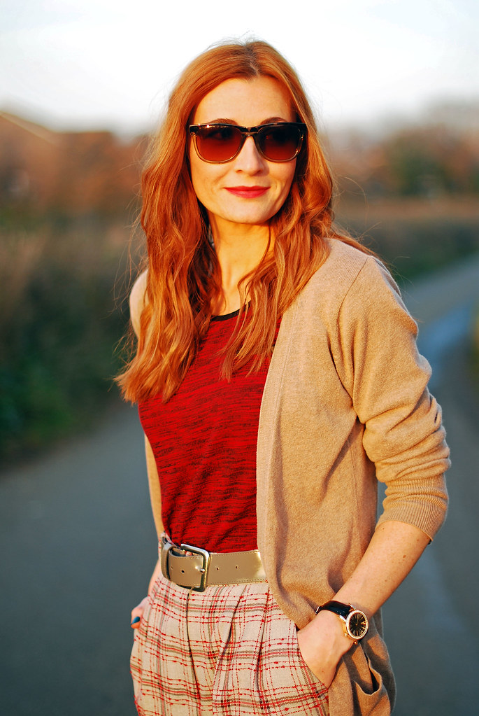 Taupe cardigan, red t-shirt & check trousers