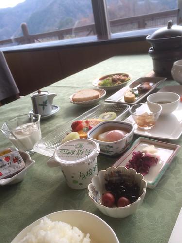 温井スプリングスの朝食