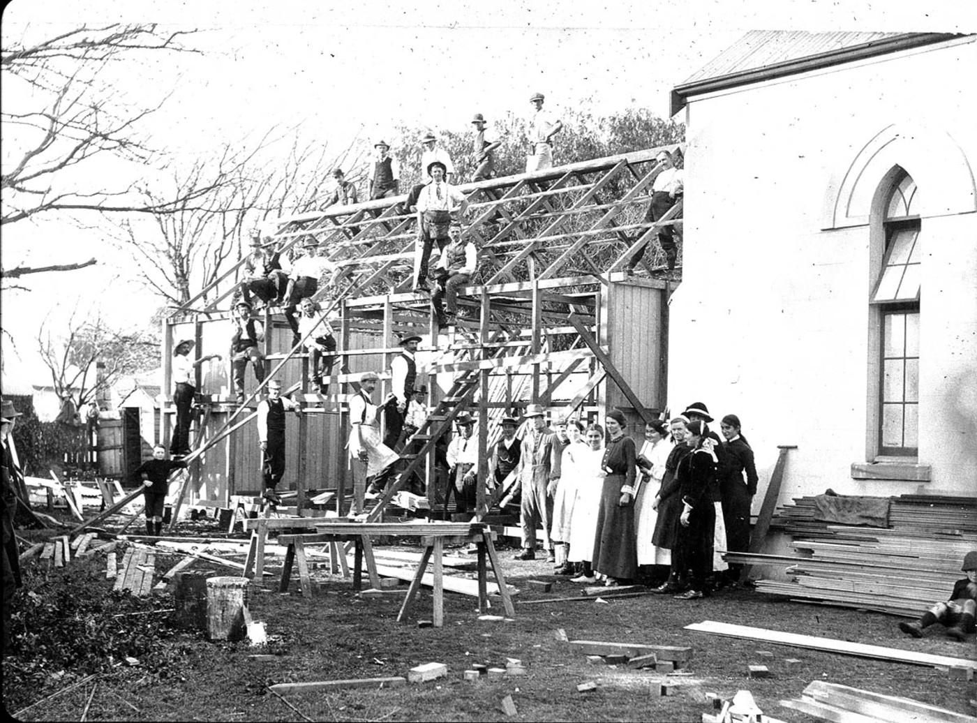 Kindergarten Hall, added to Methodist Sunday School by volunteer working party, Singleton, NSW, 27 June 1914