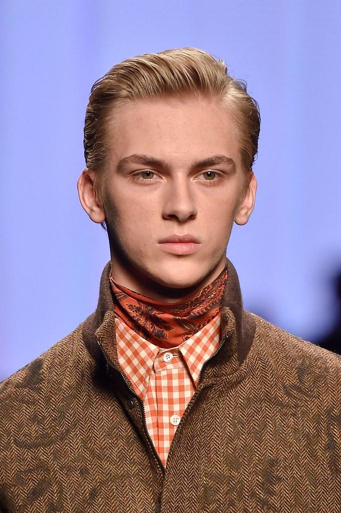 Dominik Sadoch3247_3_FW15 Milan Etro(fashionising.com)