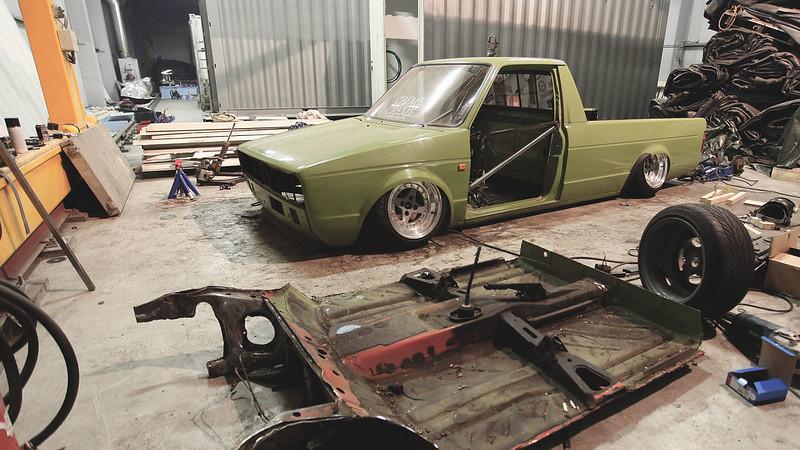 john_gleasy: Rauhakylä Low Lows: VW Caddy 1987 + Allu A6 - Sivu 4 15909696243_da5e7b9cee_c