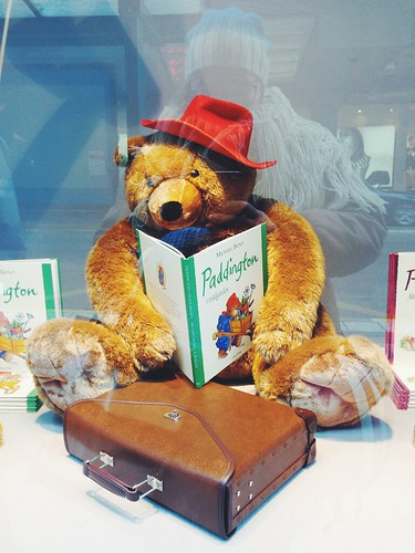 paddington in da window