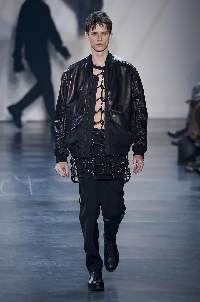 Yulian Antukh(Antuh)3132_FW15 Paris 3.1 Phillip Lim(fashionising.com)